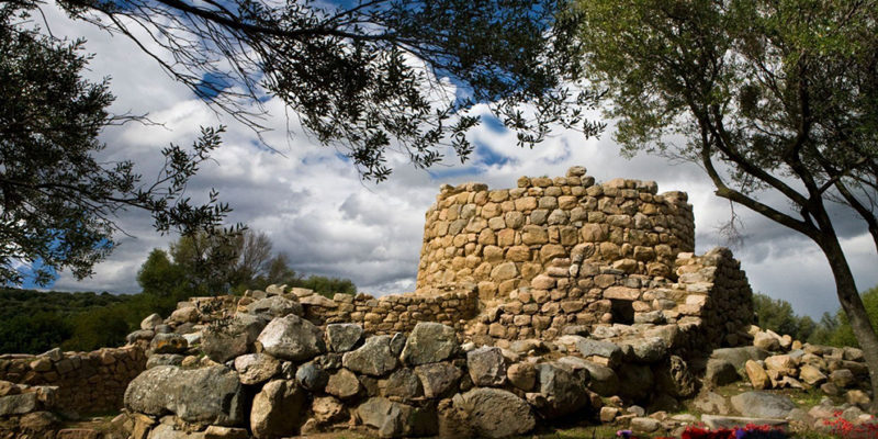 Nuraghe La Prisgiona vacanze in gallura turismo